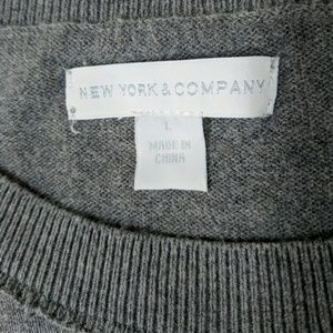 New York & Company Sweaters - New York & Company crew sweater charcoal gray L